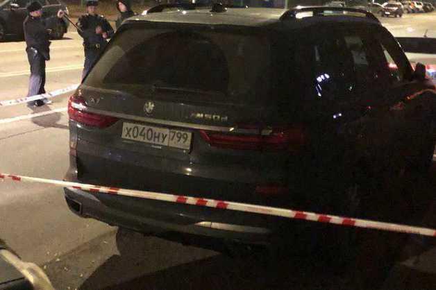 Полиция по ошибке оцепила не тот BMW X7 после убийства главы ЦПЭ МВД РФ по Ингушетии