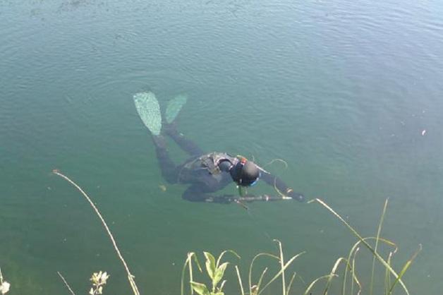 В Ленобласти чиновника с гарпуном нашли мертвым в болоте