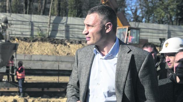 Никто никуда не уходит. Как Виталий Кличко договорился с Зе-командой