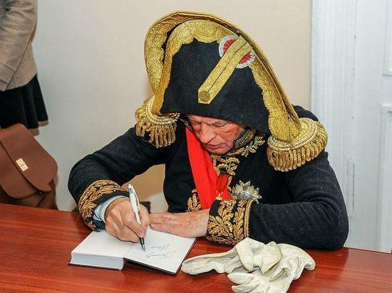 Избитая историком Соколовым девушка жила с ним еще год
