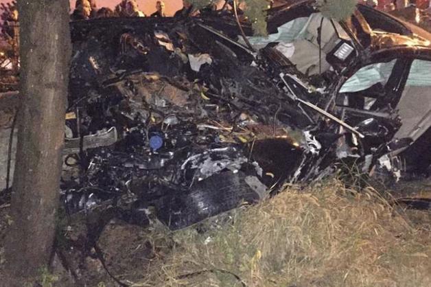 В Сочи насмерть разбился 16-летний водитель Mercedes