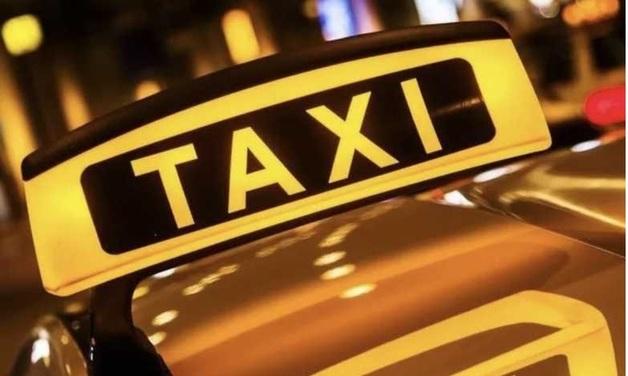 В Москве таксист выставил иностранцам неадекватный счет, похитил их и «выбил» деньги силой