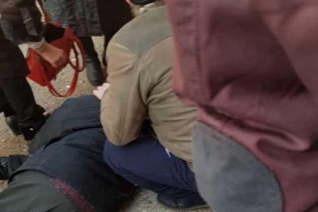 После смерти водителя в очереди Минздрав отложил скандальный порядок медосмотров