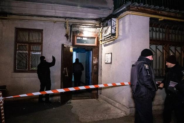 Выбиты окна и повреждены стены: В центре Киева прогремел мощный взрыв