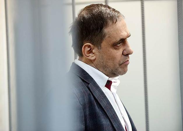 Банкир Петр Ладонщиков выдал тайну шести миллиардов рублей