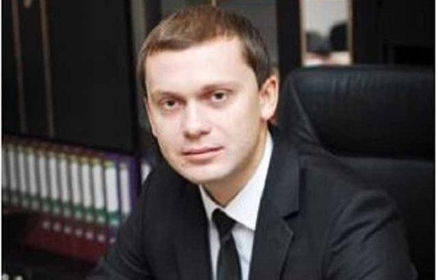 Николай Ульмер, темные пятна в биографии и незаконное обогащение