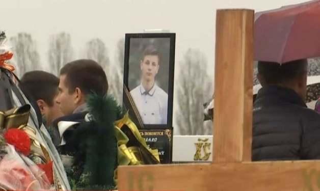 Смерть подростка в Прилуках: Под его ногтями нашли чужую ДНК, дело переквалифицировали