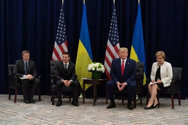 CNN: Украина может объявить расследования, выгодные США. Банковая хочет улучшить отношения с Трампом