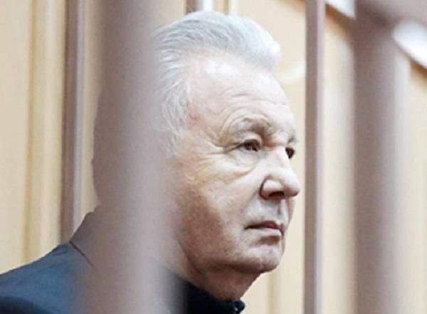 У губернатора Ишаева арестовали всякую мелочь
