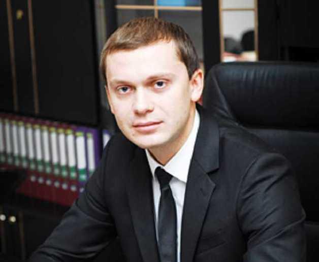Справа про незаконне збагачення прокурора-корупціонера Миколи Ульмера розслідується вже більше трьох років