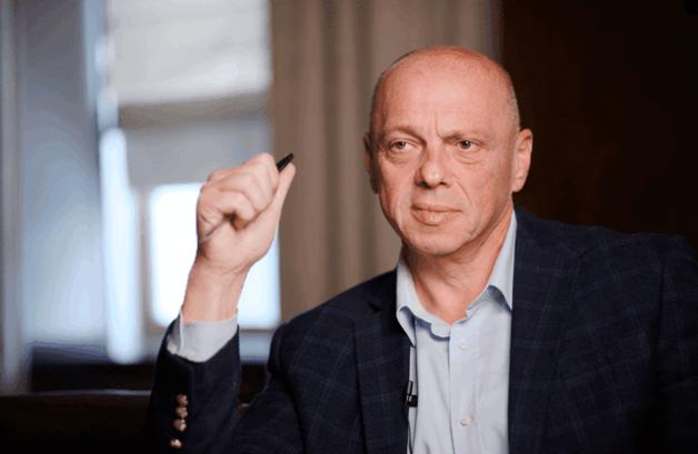 Александр Чумак: смотрящий фармацевтической мафии в обновленном Минздраве