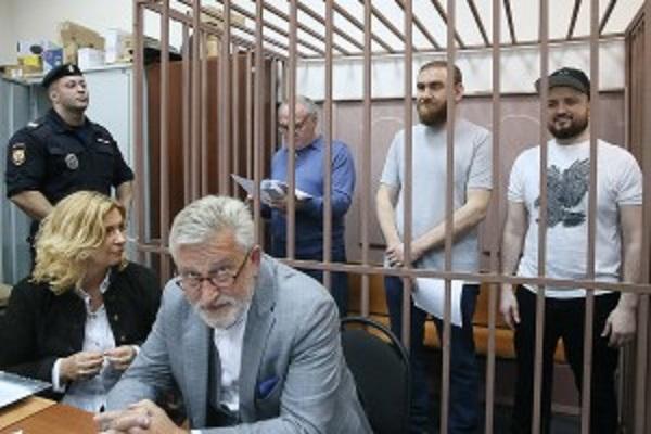 Силовики приехали в КЧР за сообщниками Арашуковых