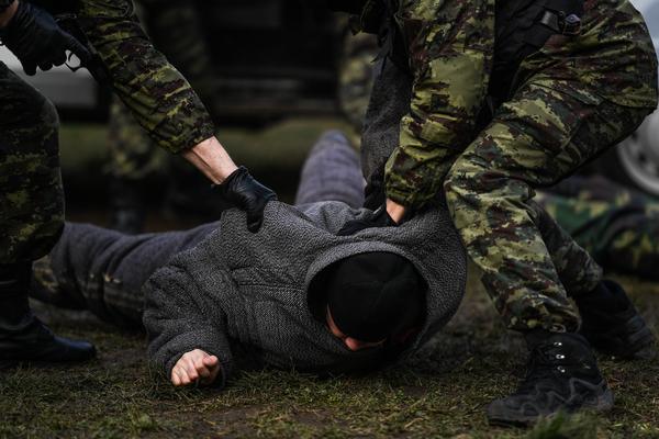 Российские арестанты попытались устроить провокацию в СИЗО