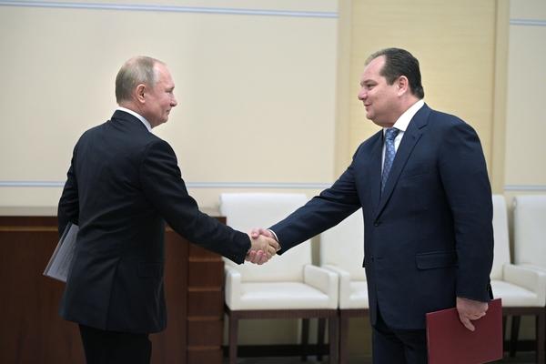Назначенный Путиным губернатор отказался от работы в Совфеде