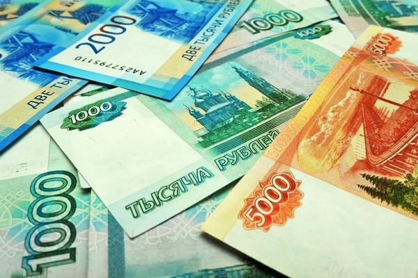 Заплатившие за выход на подиум десятки тысяч рублей модели подали в суд