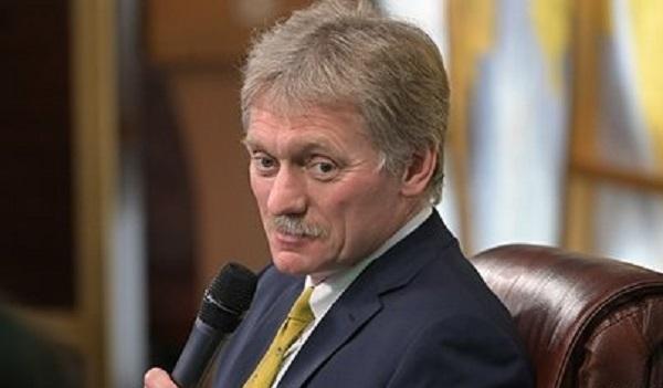 Песков отнес Зеленского к набирающемуся опыта новому поколению политиков