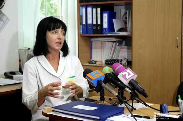 Семья врачей из Ужгорода просит убежища в ЕС, США и Канаде из-за ряда покушений