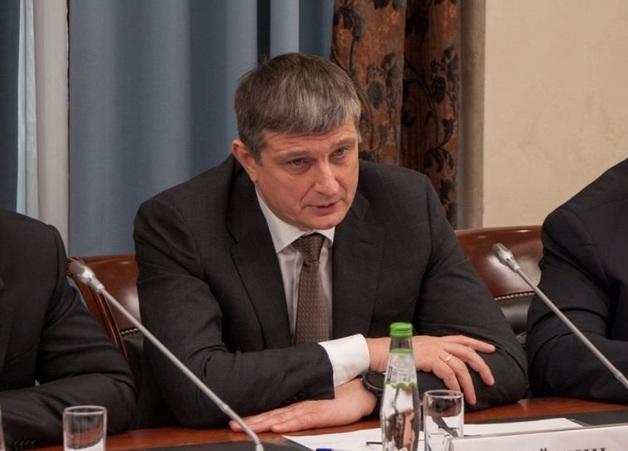 Игорь Алешин зарабатывает на шмурдяке