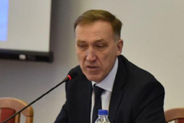 Подозреваемого в убийстве водителя российского депутата лишили мандата